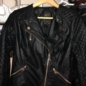 !NEVER WORN! GUESS (S) shiny suede jacket